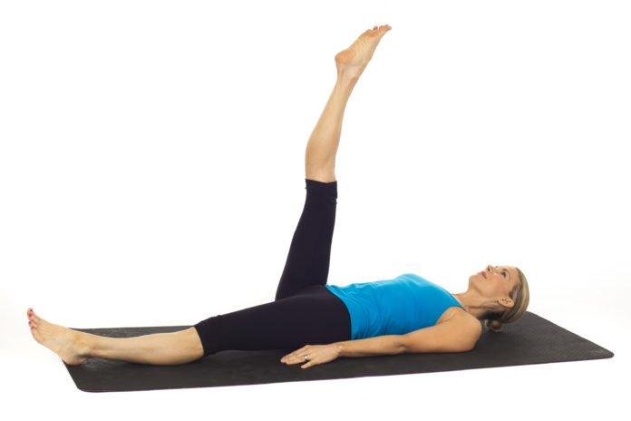 Bài tập nâng và hạ từng chân