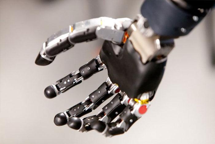 công nghệ thay đổi thế giới cánh tay robot