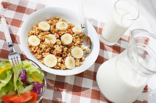 Ăn sáng - Giúp giảm cảm giác thèm ăn vặt