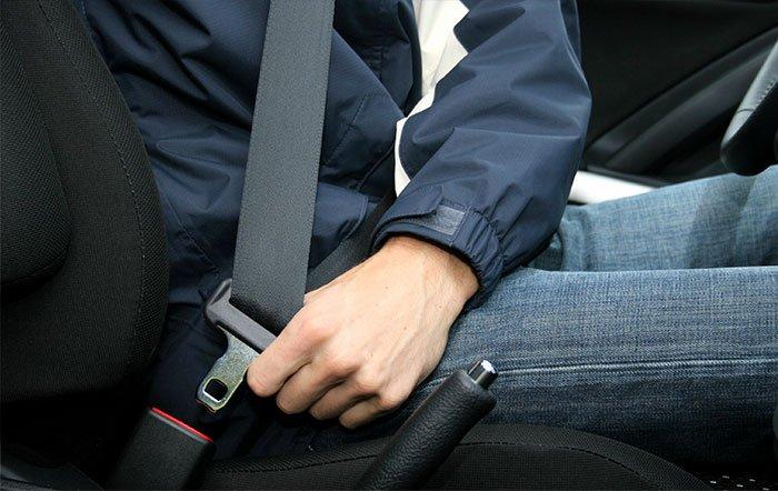 công nghệ làm thay đổi thế giới ô tô dây an toàn