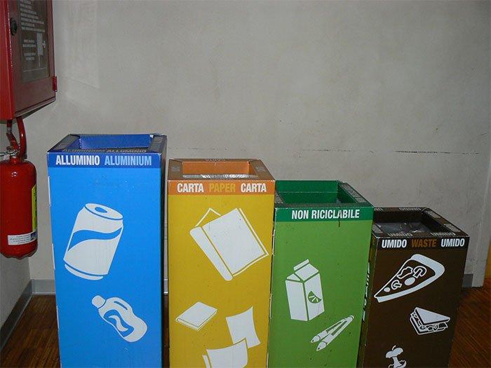 phân loại rác giúp việc xử lý rác thải đơn giản hơn