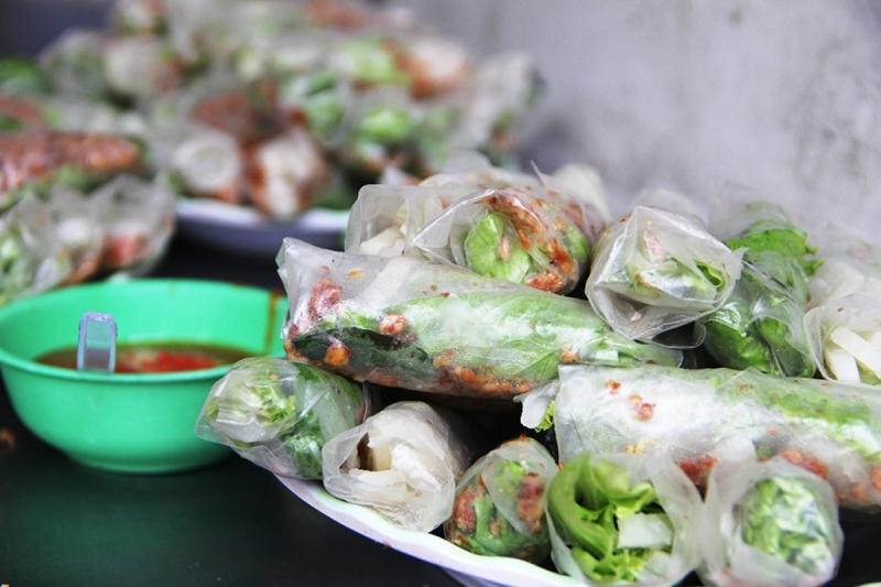 pho-an-vat-an-duong-vuong-quan-5 - Phố ẩm thực nổi tiếng