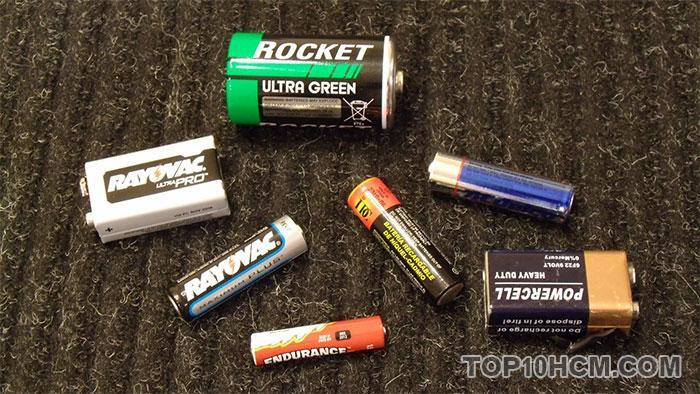 những mẹo vặt hay từ các vật dụng hằng ngày - bảo quản pin