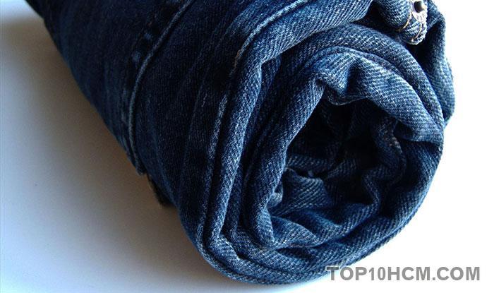 gấp quần áo gọn gàng - cuộn quần áo