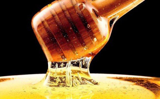 Dùng mật ong dưỡng da mà không thử trước