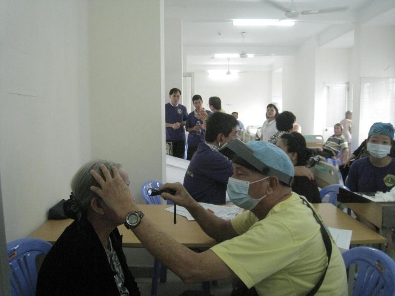 Trung tâm Phẫu Thuật Khúc Xạ, Medic Optic - địa chỉ mổ mắt cận thị tại tphcm