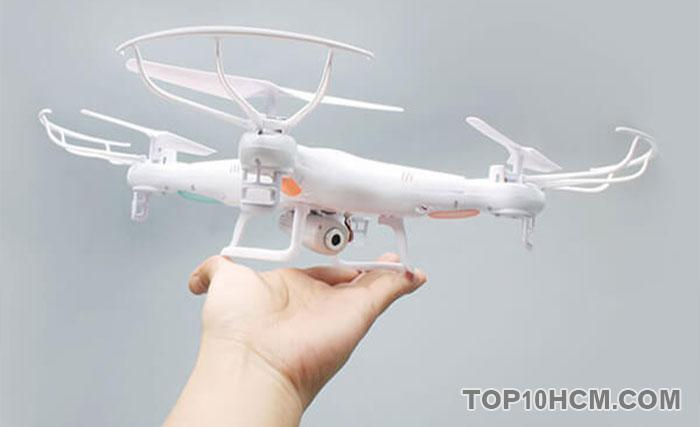 nguyên nhân khiến flycam bị rớt - do cánh quạt