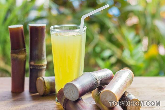 nước uống giúp giải nhiệt mùa hè - nước mía