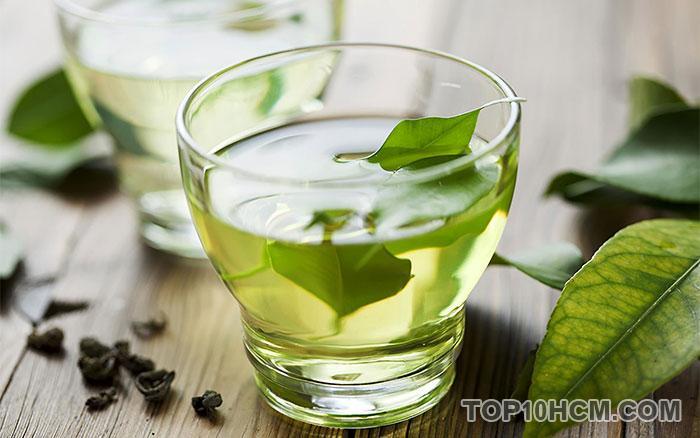 nước uống giúp giải nhiệt mùa hè - trà xanh