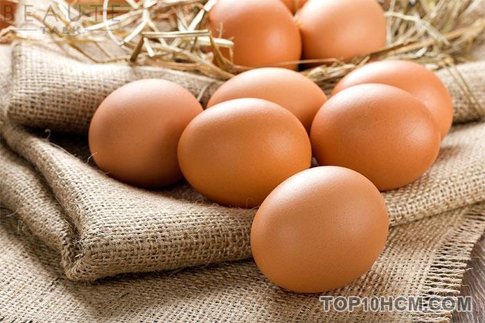 trứng rất bổ máu