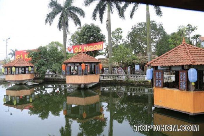 Nhà hàng Gà Ngon được nhiều du khách lựa chọn khi đến chùa Hương