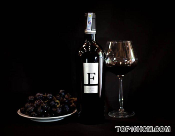 Thưởng thức và tận hưởng dư vị củaRượu Vang F Negroamaro