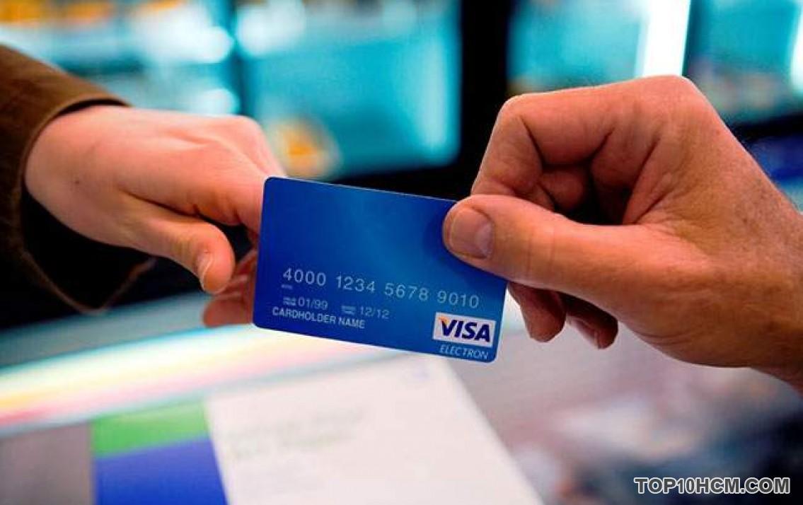 Sự khác nhau giữa thẻ ghi nợ và thẻ tín dụng có thể bạn chưa biết