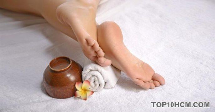 Cách chữa nứt gót chân cực đơn giản mua hanh khô