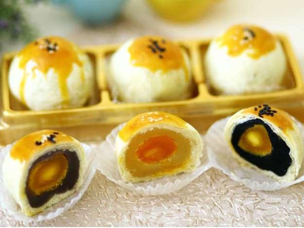 Bánh lột da trứng