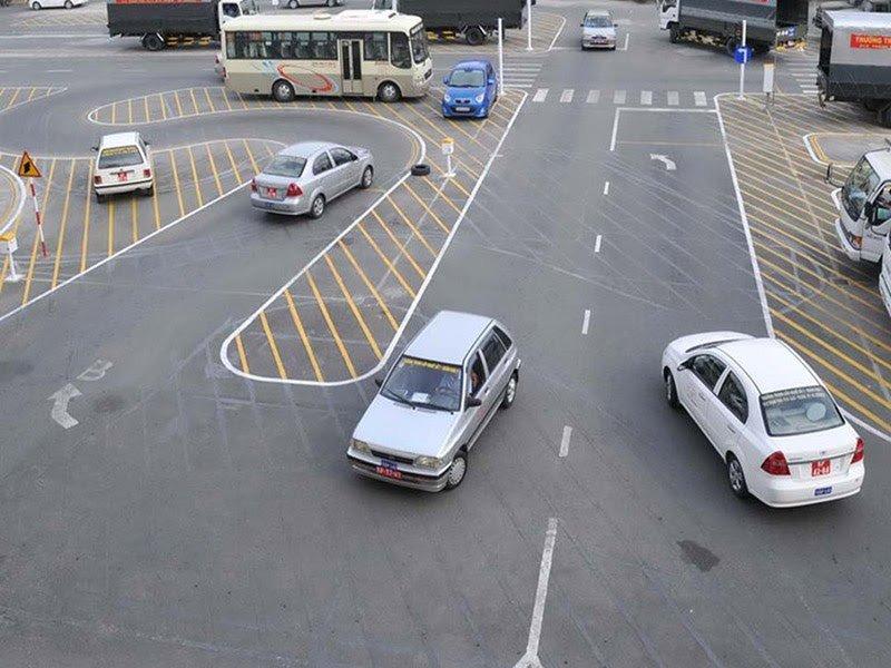 Review top 10 trung tâm đào tạo bằng lái xe B2 tốt nhất tại TPHCM
