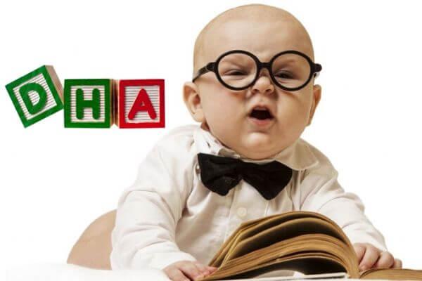 Khi nào cha mẹ nên bổ sung DHA cho trẻ?