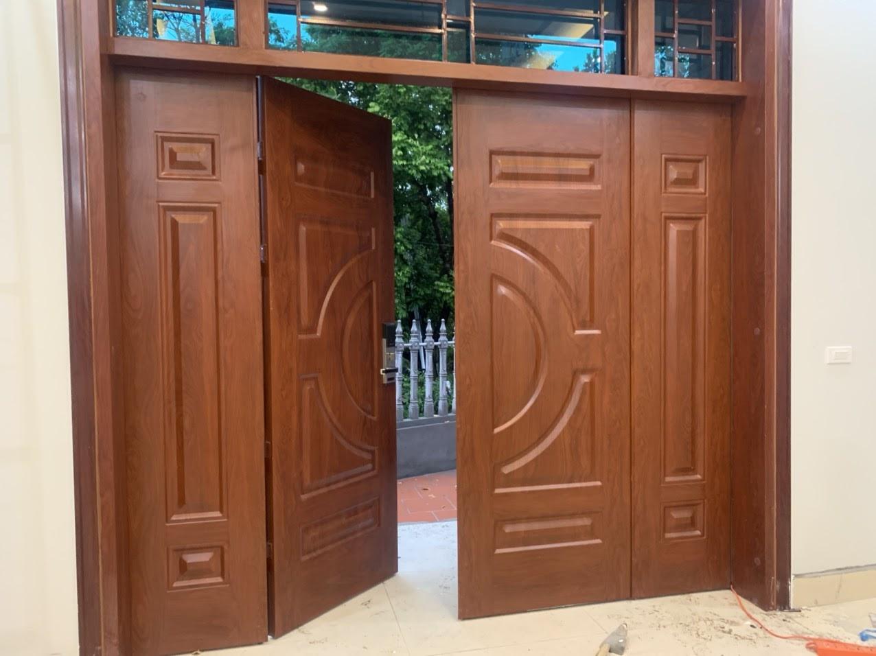 Có nên sử dụng cửa thép vân gỗ giá rẻ không?